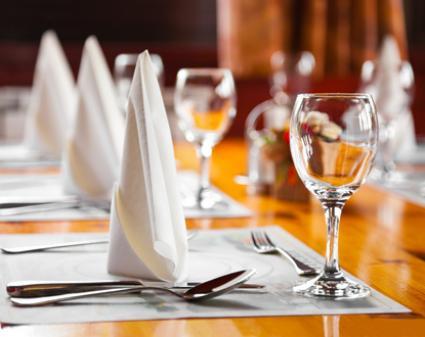Modales en la mesa revista hogar ecuador - Arts de la table paris ...