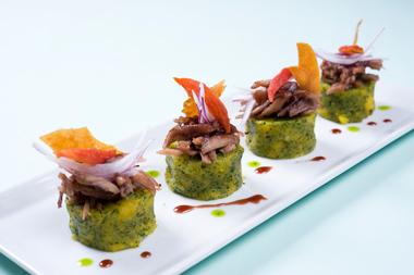 Brunch navide o revista hogar ecuador for Decoracion de platos gourmet pdf