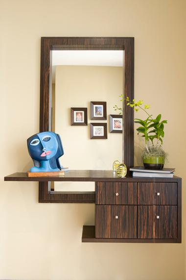 Bienvenidos revista hogar ecuador for Muebles para la entrada de la casa